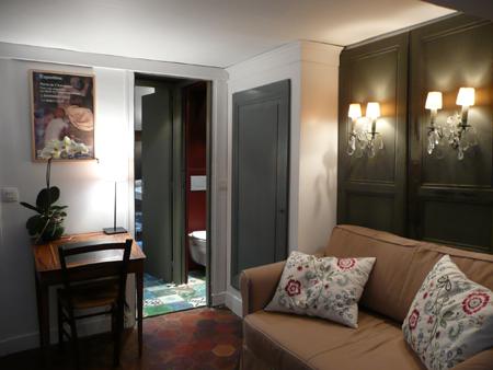 Les Toits De Paris Chambre D 39 H Tes Paris Trendy Escapes