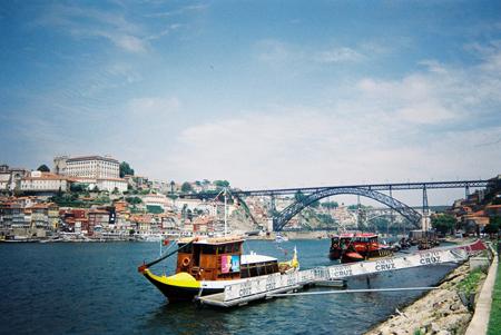 Promenade en bateau sur le Douro au départ du quai de Gaia