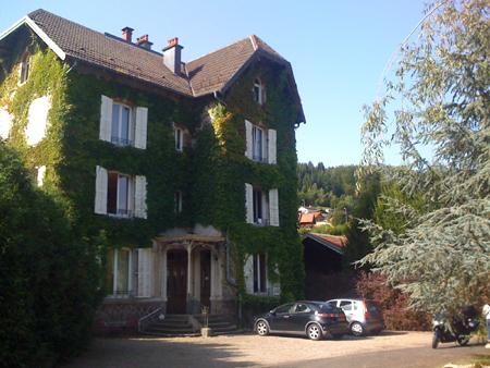 Castel Pourpre