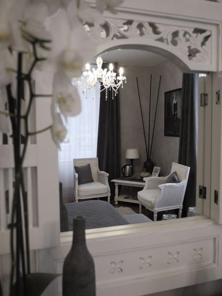 Chambre sérénité, Castel Pourpre