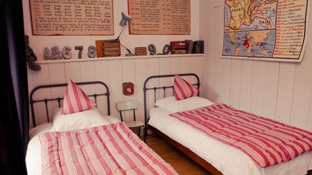 Sept petites maisons dans la prairie en Bretagne, maison de Jeanne