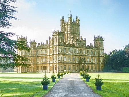 Dormir downton abbey trendy escapes - Chateau downton abbey ...
