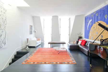 Un appartement design lisbonne trendy escapes for Appartement design lisbonne