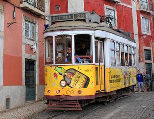 Le tramway n°28 à Lisbonne