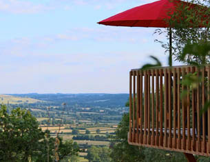 Le Domaine des Près Verts en Bourgogne, chic et insolite
