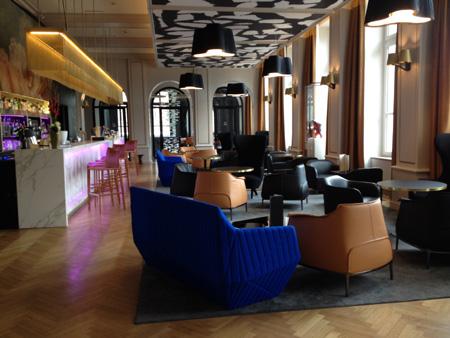 Bar by La Cloche