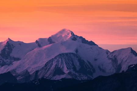 le Mont-Blanc dans les Alpes du Nord