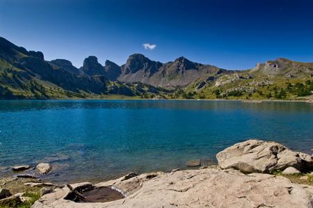 Le Lac d'Allos dans les Alpes du Sud